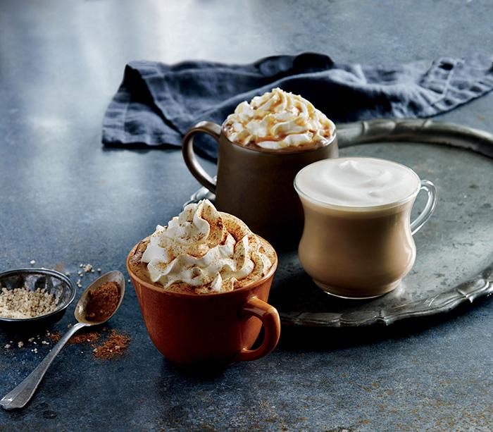 Starbucks-Latte-Pour-your-heart-into-it
