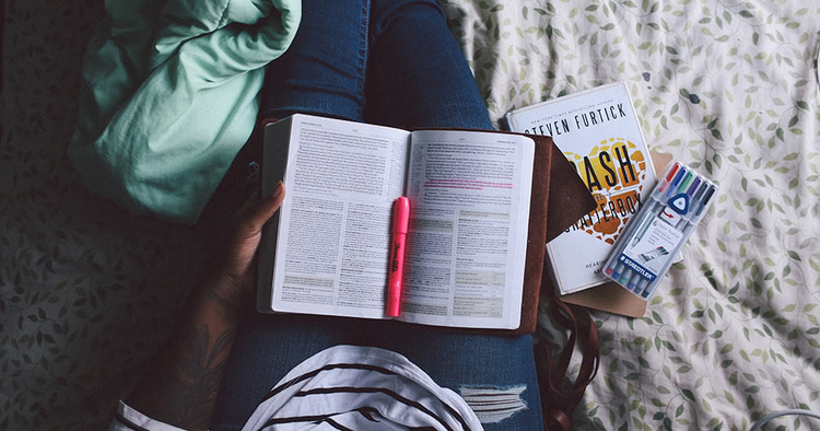 6-unconventional-business-books-that-will-change-your-perspective