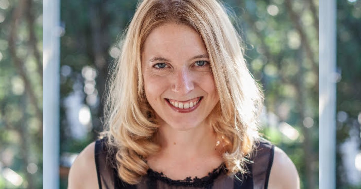 Control your time better with Laura Vanderkam