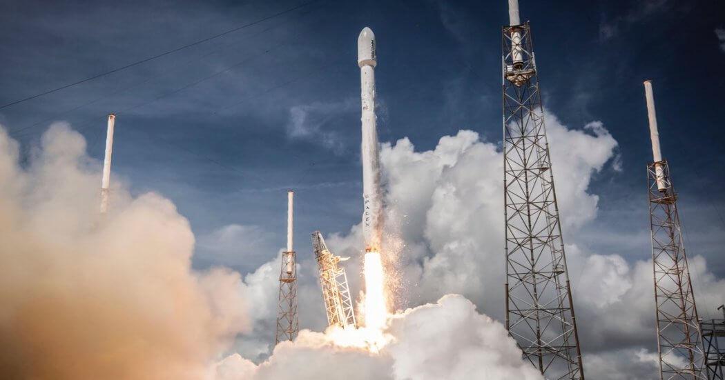 liftoff-giant-leap-elon-musk
